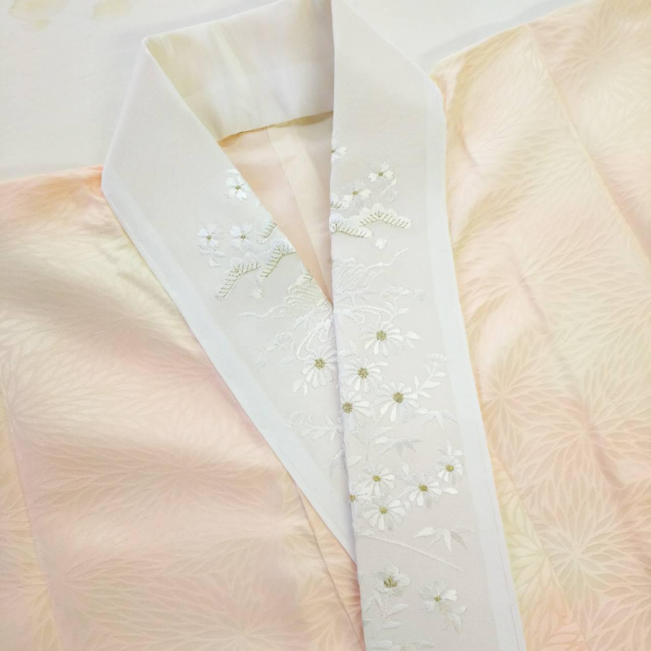 長襦袢   刺繍の半衿